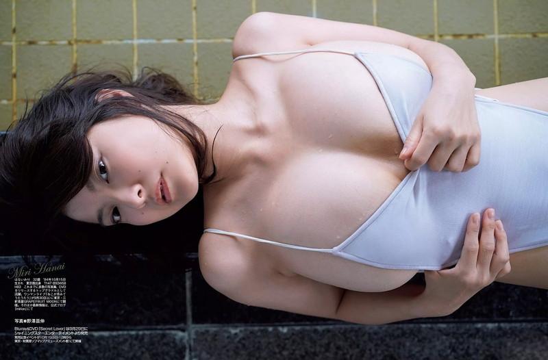 【花井美理グラビア画像】激エロJカップ爆乳をヌードで惜しげもなく晒すグラドル美熟女 78