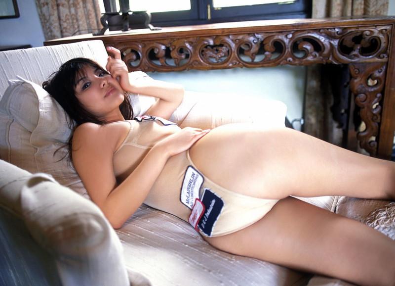 【花井美理グラビア画像】激エロJカップ爆乳をヌードで惜しげもなく晒すグラドル美熟女 79