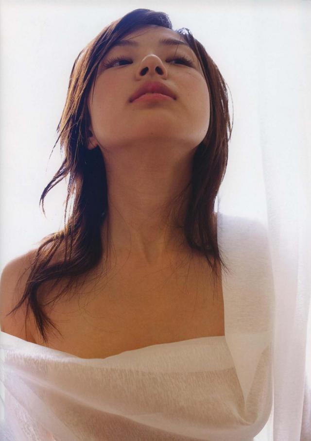 【木下あゆ美グラビア画像】特撮ドラマ出身女優が魅せたビキニ姿のお宝画像! 41
