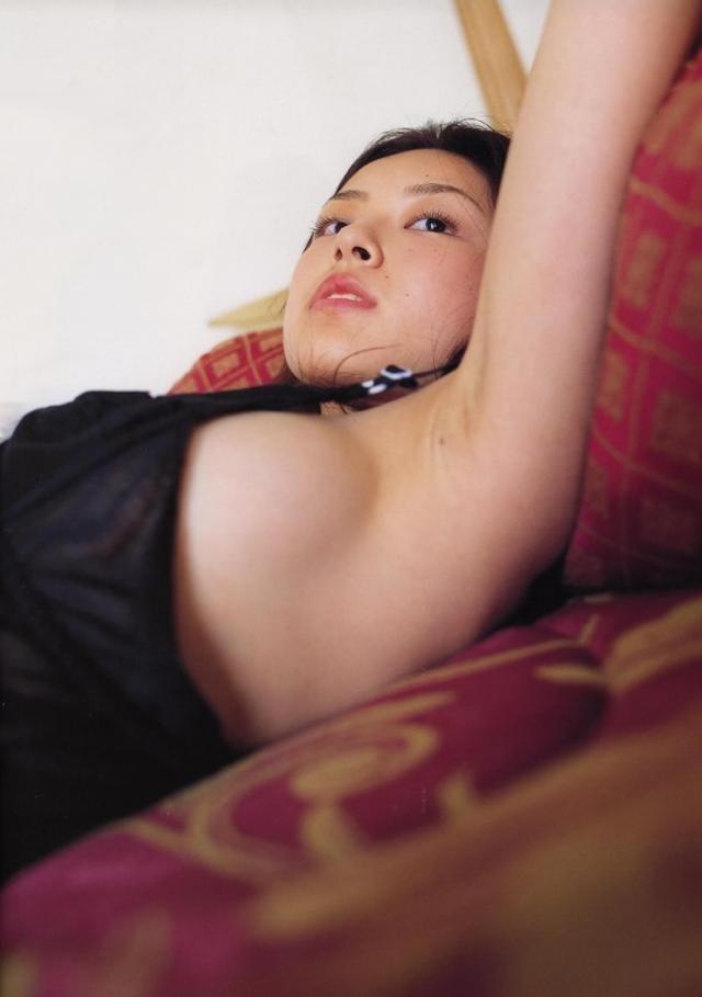 【木下あゆ美グラビア画像】特撮ドラマ出身女優が魅せたビキニ姿のお宝画像! 43