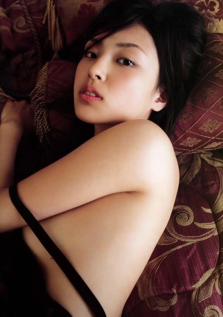 【木下あゆ美グラビア画像】特撮ドラマ出身女優が魅せたビキニ姿のお宝画像! 61