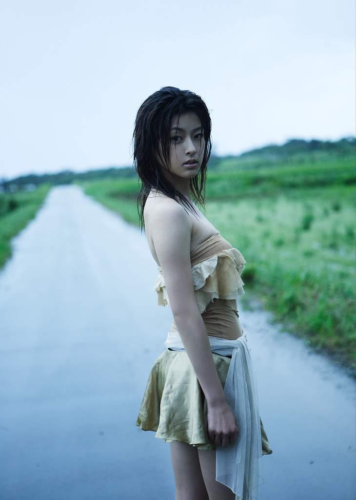 【木下あゆ美グラビア画像】特撮ドラマ出身女優が魅せたビキニ姿のお宝画像! 68