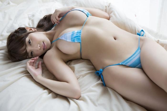 【森咲智美グラビア画像】相変わらずのエロ写真でインスタフォロワー数を伸ばしてるwwww