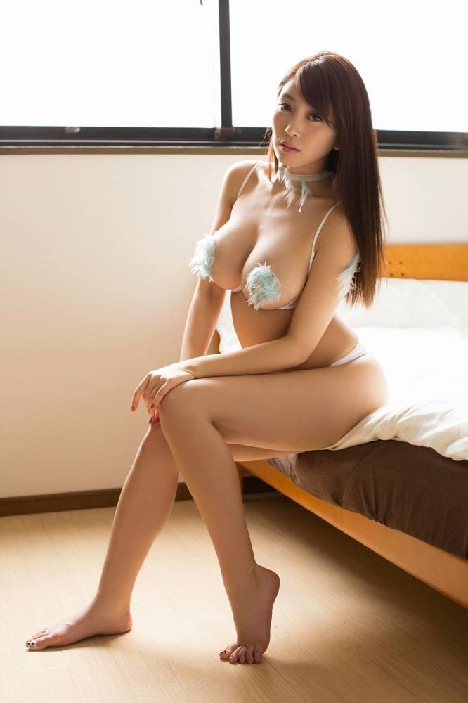 【森咲智美グラビア画像】相変わらずのエロ写真でインスタフォロワー数を伸ばしてるwwww 27