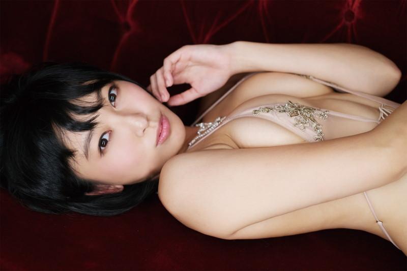 【咲村良子キャプ画像】Hカップのめちゃシコ爆乳ボディでオジサマに猛プッシュ!? 05