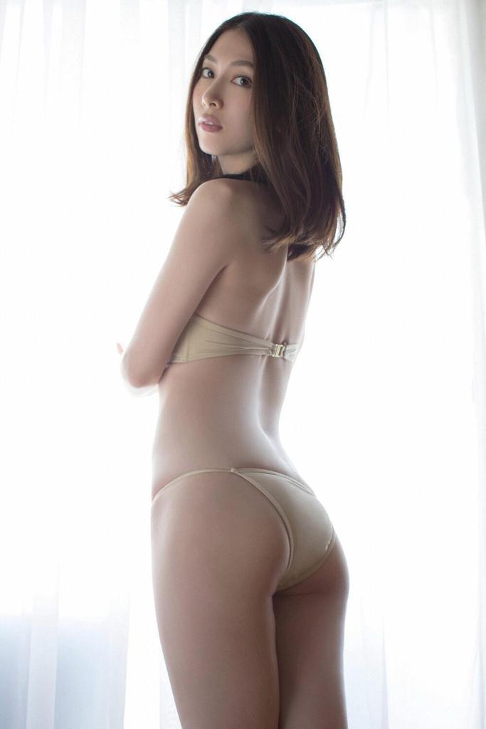 【小林恵美グラビア画像】志村けんが亡くなった事で再び注目された巨乳グラドル 25