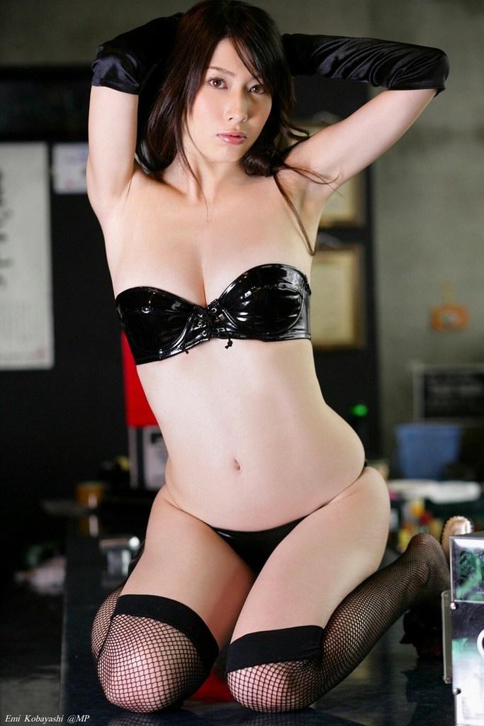 【小林恵美グラビア画像】志村けんが亡くなった事で再び注目された巨乳グラドル 29