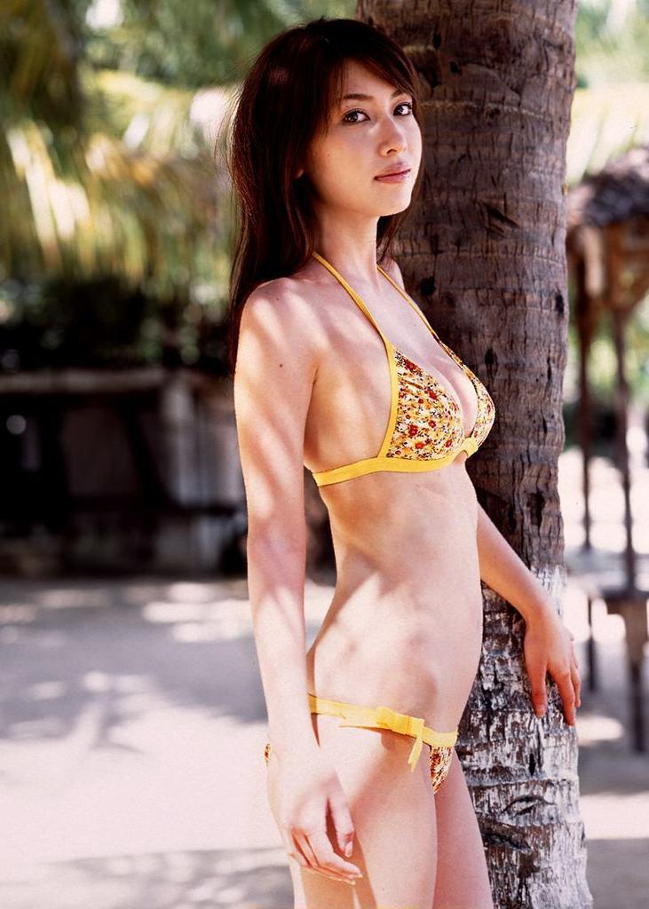 【小林恵美グラビア画像】志村けんが亡くなった事で再び注目された巨乳グラドル 39