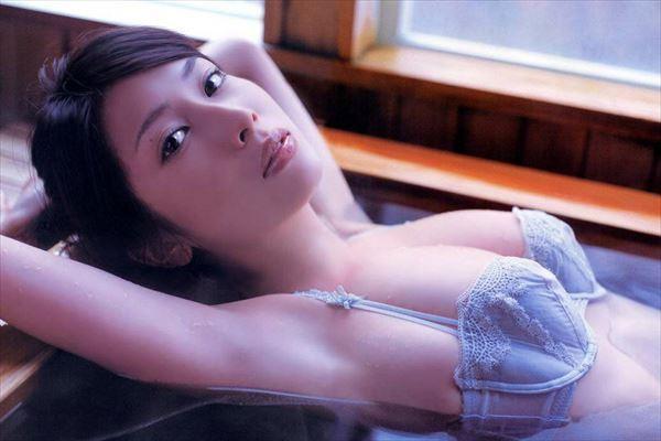 【小林恵美グラビア画像】志村けんが亡くなった事で再び注目された巨乳グラドル 63