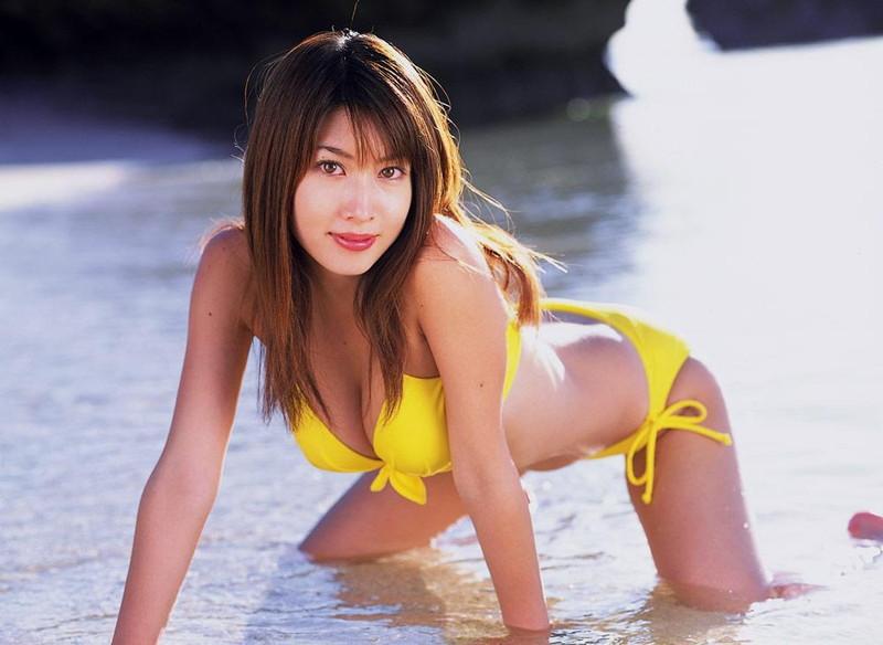 【小林恵美グラビア画像】志村けんが亡くなった事で再び注目された巨乳グラドル 76