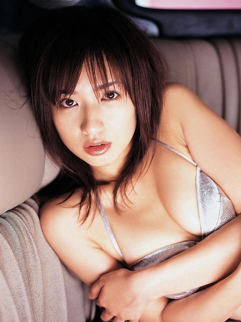 【優木まおみグラビア画像】エロ賢いBカップスレンダー美女のセクシービキニボディ 43