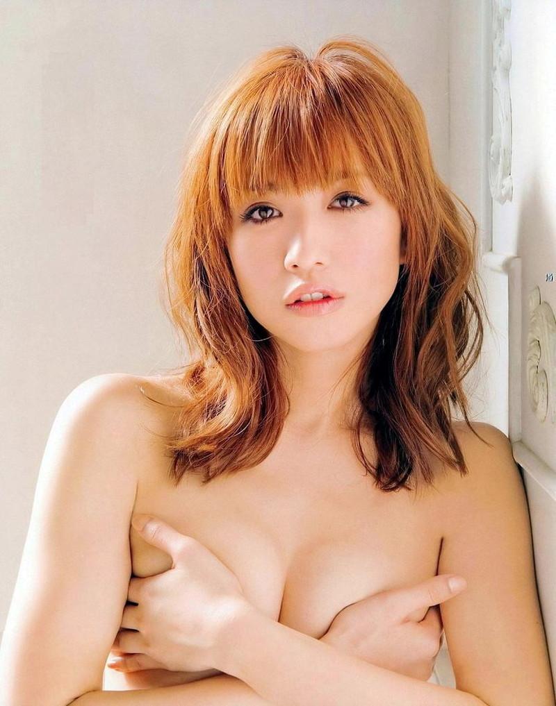 【優木まおみグラビア画像】エロ賢いBカップスレンダー美女のセクシービキニボディ 45