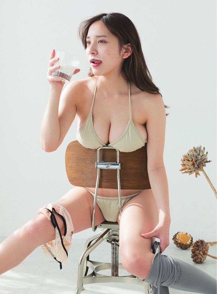 【都丸紗也華グラビア画像】神乳と呼ばれるFカップ巨乳ボディがめちゃシコ過ぎる! 18