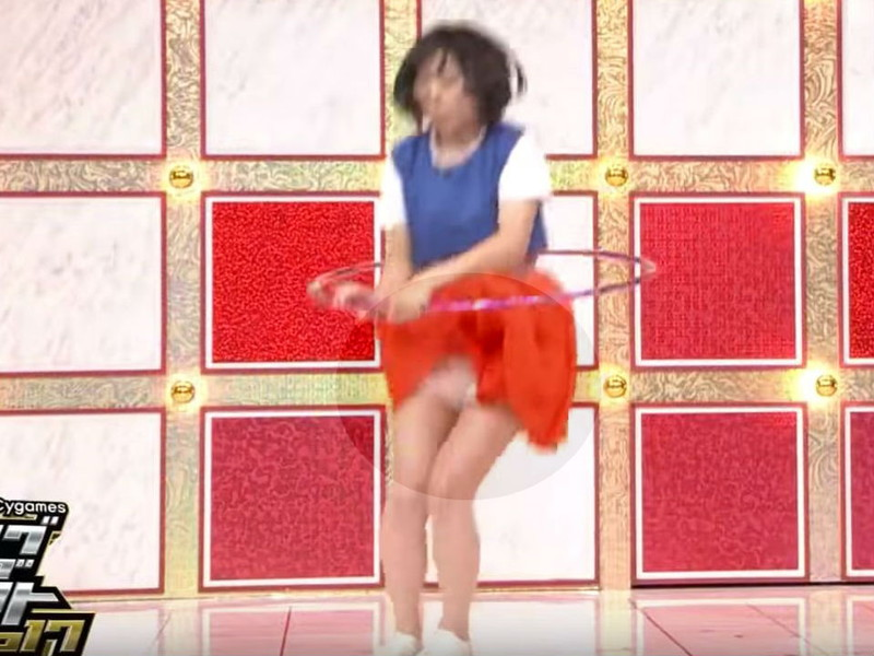 【放送事故画像】女芸人がチラリとかしてるエロシーンを集めたらヤバ過ぎたwwww 42