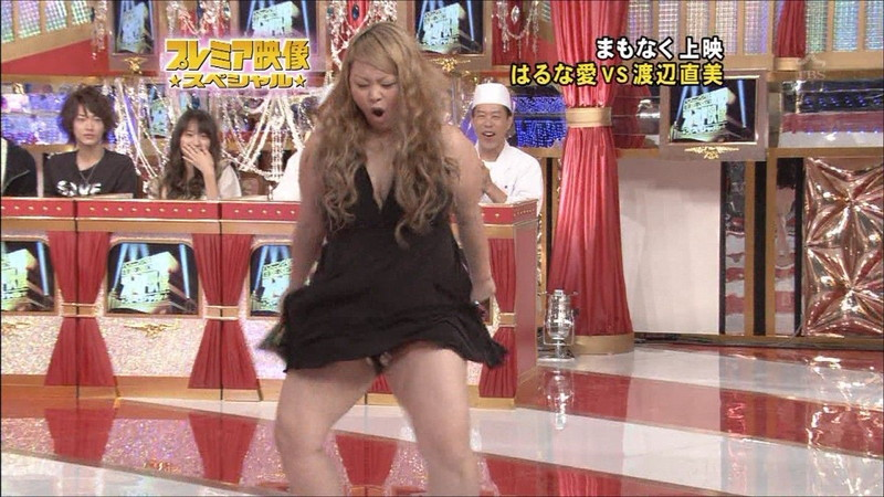 【放送事故画像】女芸人がチラリとかしてるエロシーンを集めたらヤバ過ぎたwwww 52