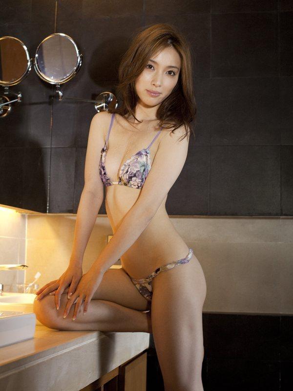 【咲嬉グラビア画像】最近芸名を変えた美熟女がグラドルだった頃のセクシー写真 27