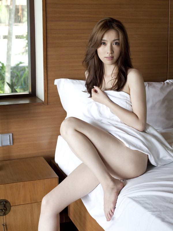 【咲嬉グラビア画像】最近芸名を変えた美熟女がグラドルだった頃のセクシー写真 40