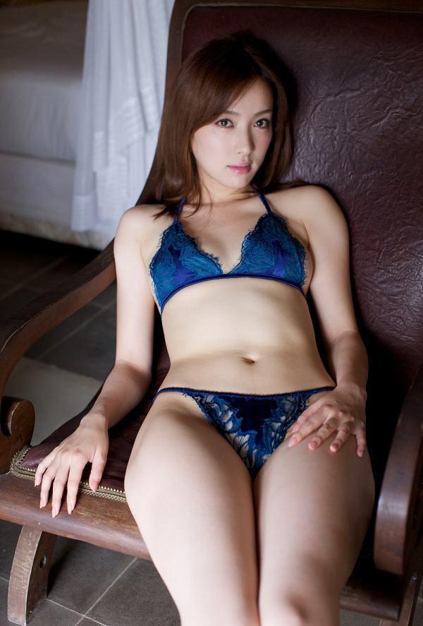 【咲嬉グラビア画像】最近芸名を変えた美熟女がグラドルだった頃のセクシー写真 61