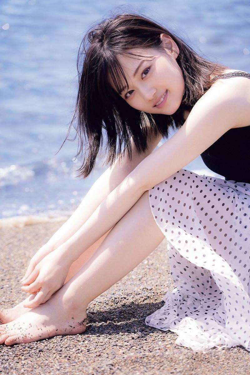 【山下美月グラビア画像】ハタチになっても相変わらず美少女感があって可愛いねぇ! 26