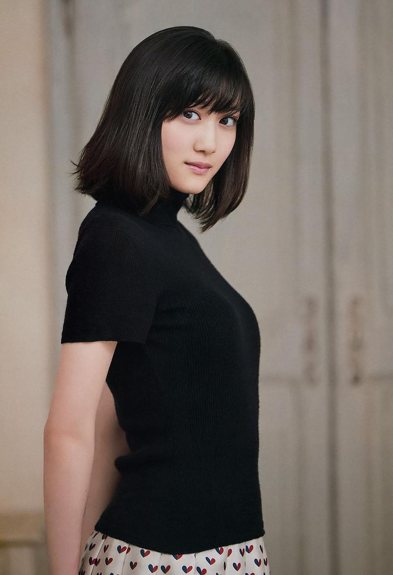 【山下美月グラビア画像】ハタチになっても相変わらず美少女感があって可愛いねぇ! 35