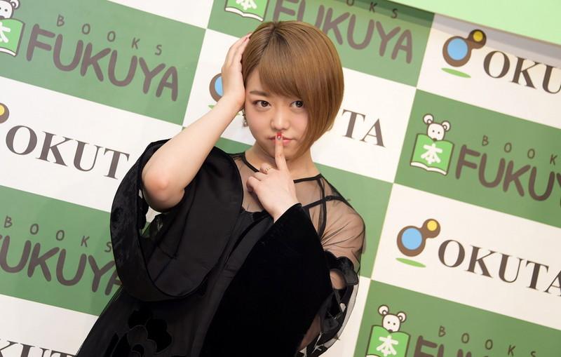 【峯岸みなみお宝画像】これで見納め!?AKB48卒業を発表した最後の初期メンバー 71