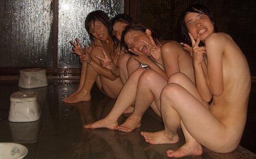 【素人エロ画像】ハメを外してハメまくった末に痴態を晒してしまった女子大生 35