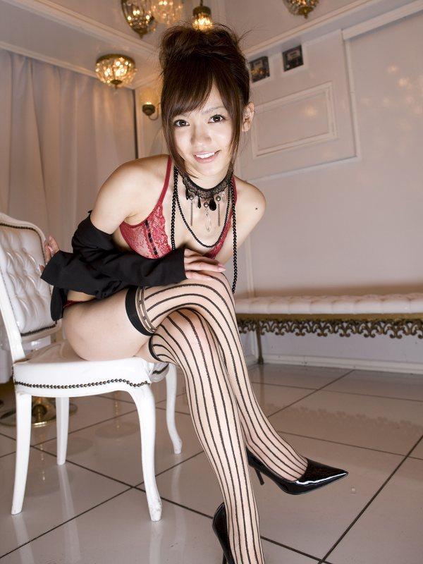 【鎌田紘子グラビア画像】お尻自慢のグラビアアイドルが野外露出してたってマジ? 55