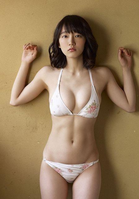 【グラドルくびれエロ画像】腰のクビレが凄い!エロい!グラビアアイドル画像 36