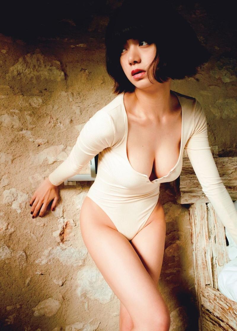 【池田エライザエロ画像】チンコが勃つくらいエロい濡れ場を演じる美少女ハーフ女優 33