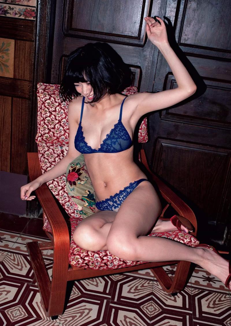 【池田エライザエロ画像】チンコが勃つくらいエロい濡れ場を演じる美少女ハーフ女優 49