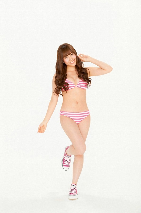 【河西智美お宝画像】元AKB48だったお騒がせタレントのお宝写真集画像 32