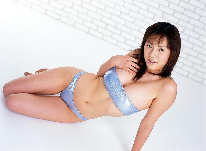 【海江田純子グラビア画像】Gカップバストにくびれウエストの曲線ボディがエロい! 04