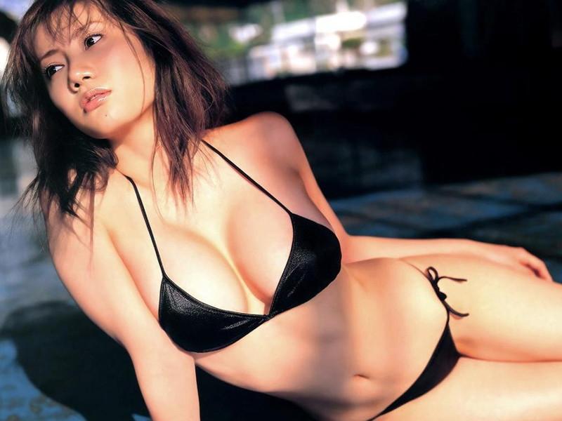 【海江田純子グラビア画像】Gカップバストにくびれウエストの曲線ボディがエロい! 05