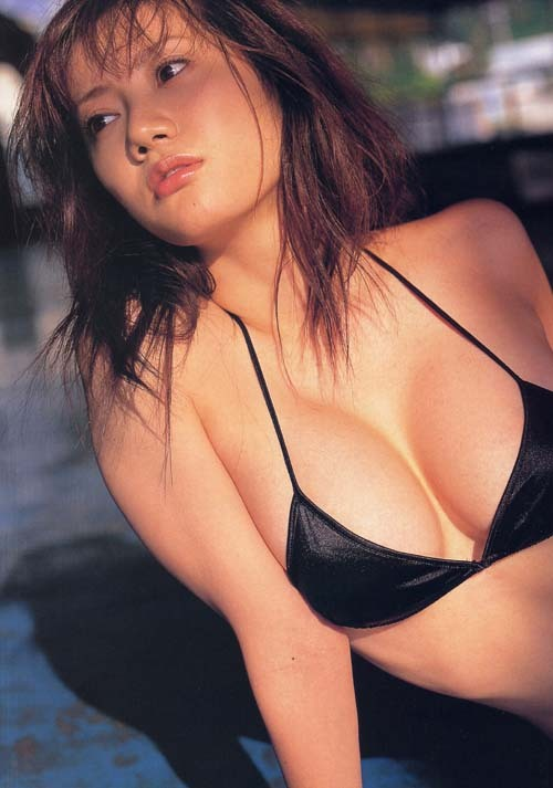 【海江田純子グラビア画像】Gカップバストにくびれウエストの曲線ボディがエロい! 13