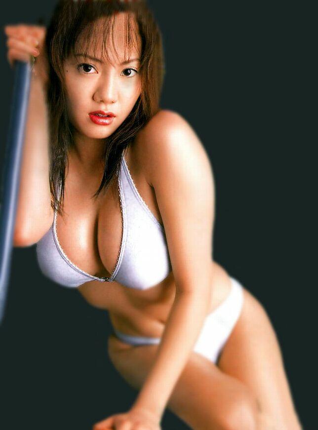 【海江田純子グラビア画像】Gカップバストにくびれウエストの曲線ボディがエロい! 21