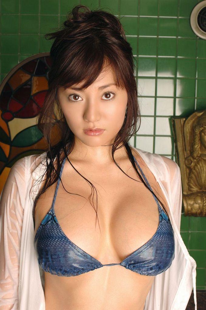 【海江田純子グラビア画像】Gカップバストにくびれウエストの曲線ボディがエロい! 37