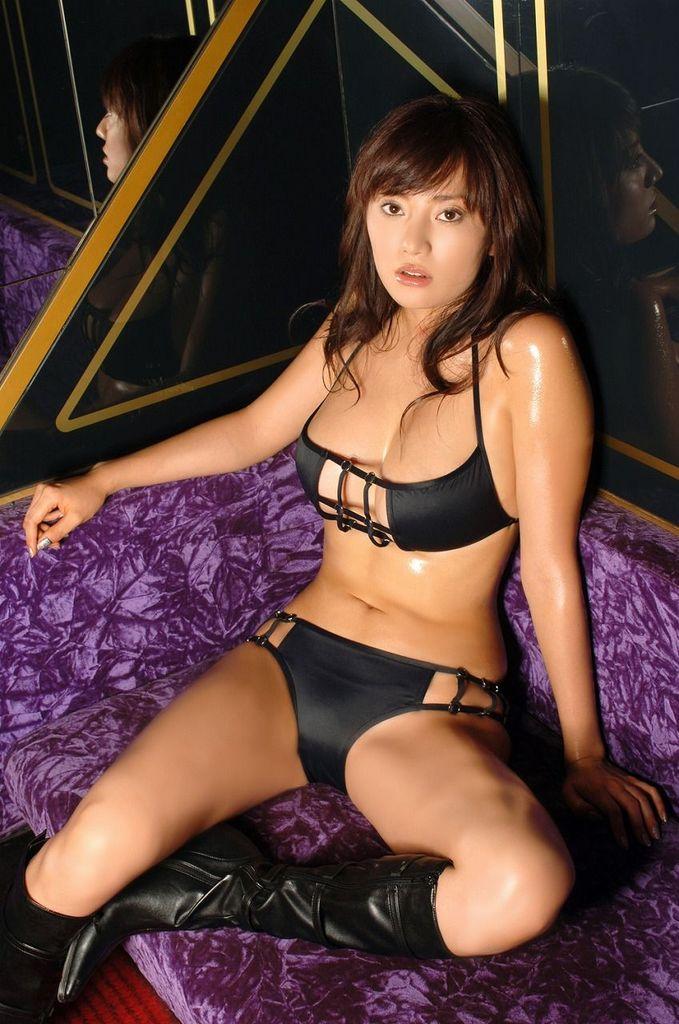 【海江田純子グラビア画像】Gカップバストにくびれウエストの曲線ボディがエロい! 42