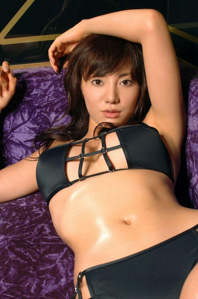 【海江田純子グラビア画像】Gカップバストにくびれウエストの曲線ボディがエロい! 44