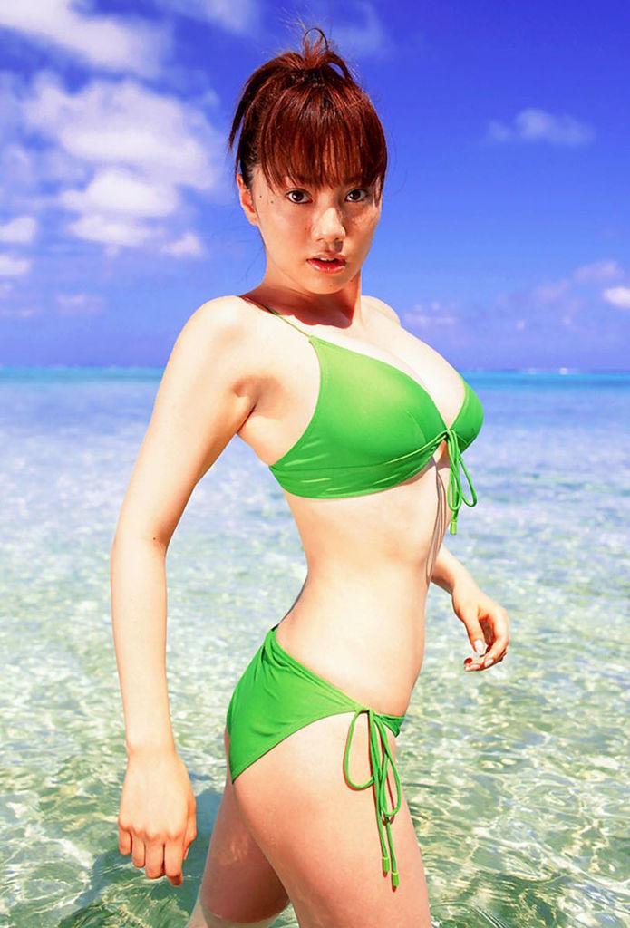 【海江田純子グラビア画像】Gカップバストにくびれウエストの曲線ボディがエロい! 59