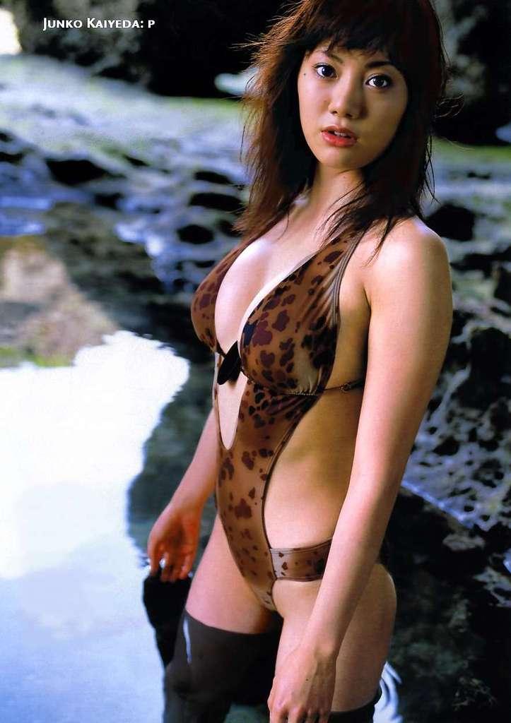 【海江田純子グラビア画像】Gカップバストにくびれウエストの曲線ボディがエロい! 63