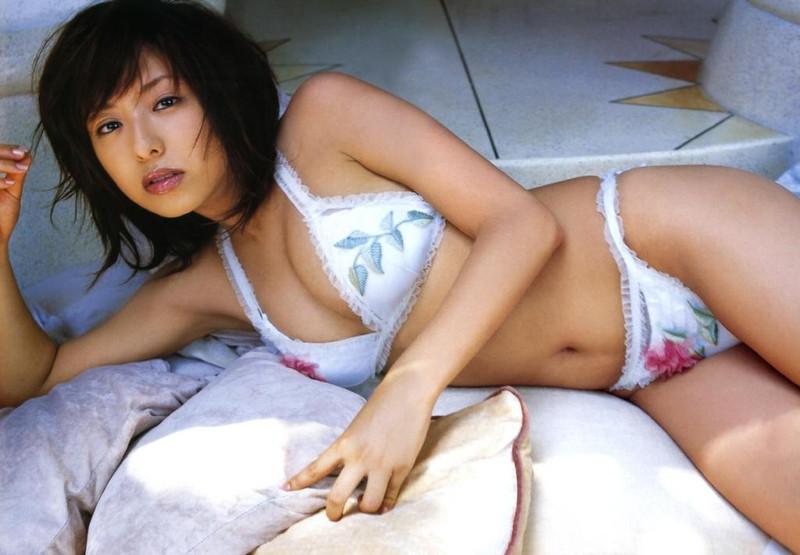 【倉本清子グラビア画像】和希沙也名義で活動していた時代のセクシービキニ写真 11