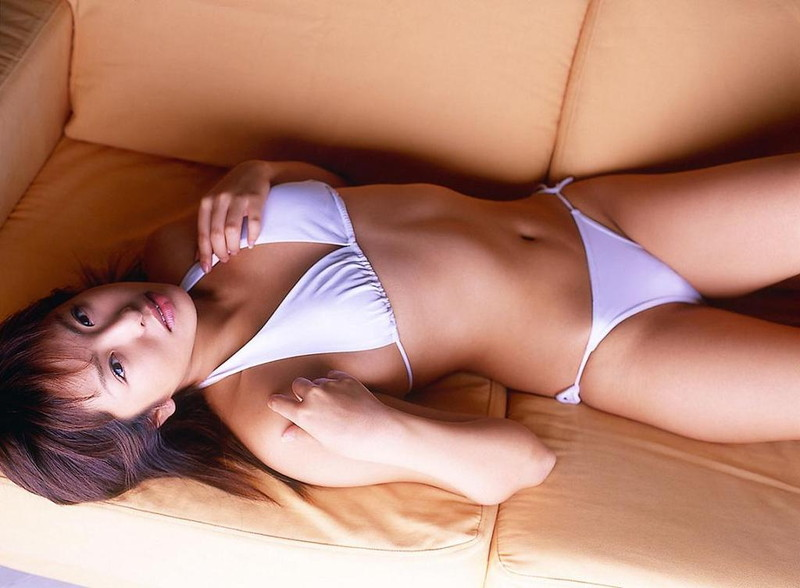 【倉本清子グラビア画像】和希沙也名義で活動していた時代のセクシービキニ写真 21
