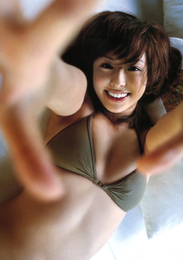 【倉本清子グラビア画像】和希沙也名義で活動していた時代のセクシービキニ写真 28