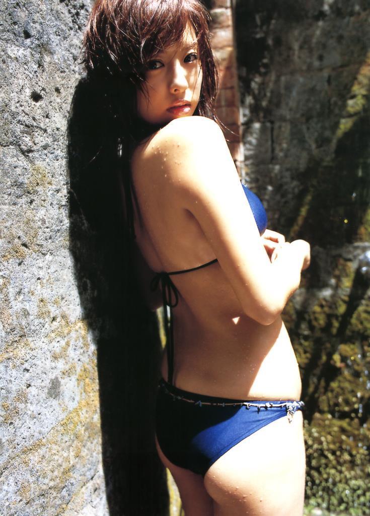 【倉本清子グラビア画像】和希沙也名義で活動していた時代のセクシービキニ写真 73