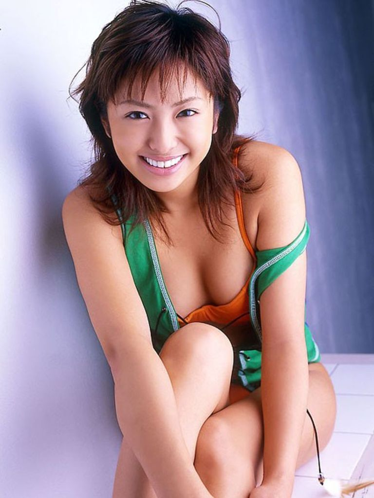 【倉本清子グラビア画像】和希沙也名義で活動していた時代のセクシービキニ写真 80