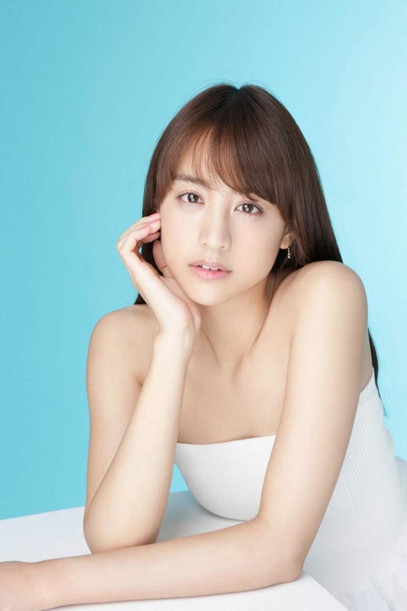 【山本美月グラビア画像】元CanCam専属モデルのスタイル抜群スレンダー美女 22