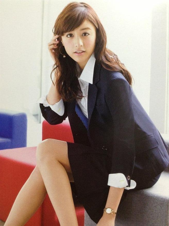【山本美月グラビア画像】元CanCam専属モデルのスタイル抜群スレンダー美女 46