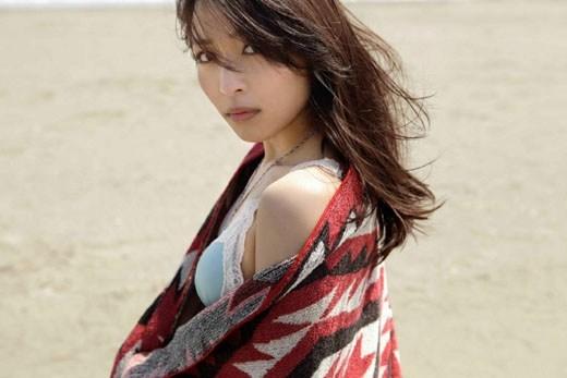 【黒川芽以お宝画像】子役時代から今でも現役で活躍しているベテラン女優の水着姿 20