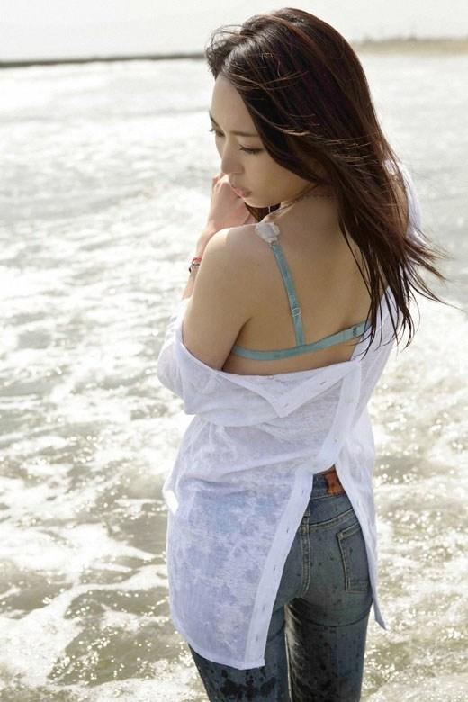 【黒川芽以お宝画像】子役時代から今でも現役で活躍しているベテラン女優の水着姿 26