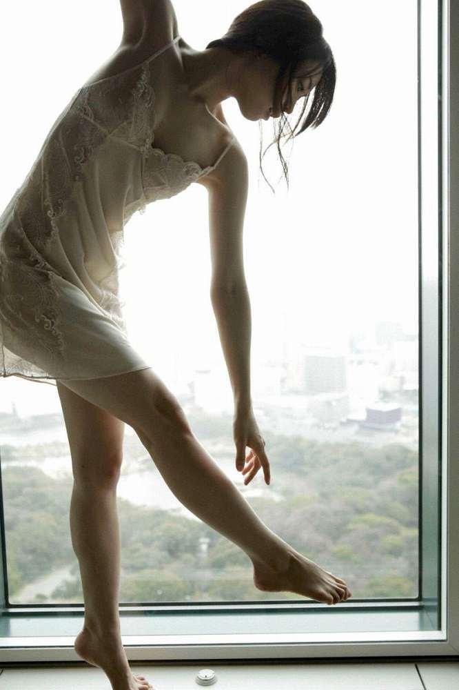 【黒川芽以お宝画像】子役時代から今でも現役で活躍しているベテラン女優の水着姿 39